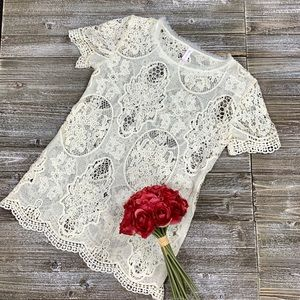 Xhilaration Cream Lace Top XS